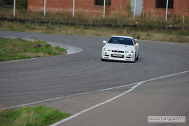 GT-R on Track