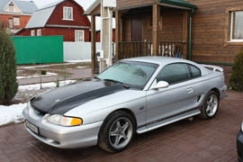 Ford Mustang SN95 Tuned Moscow